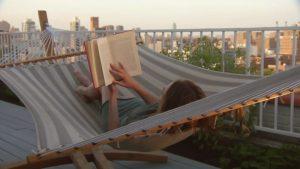 269718178-volver-la-hoja-terraza-sobre-el-techo-hamaca-libro